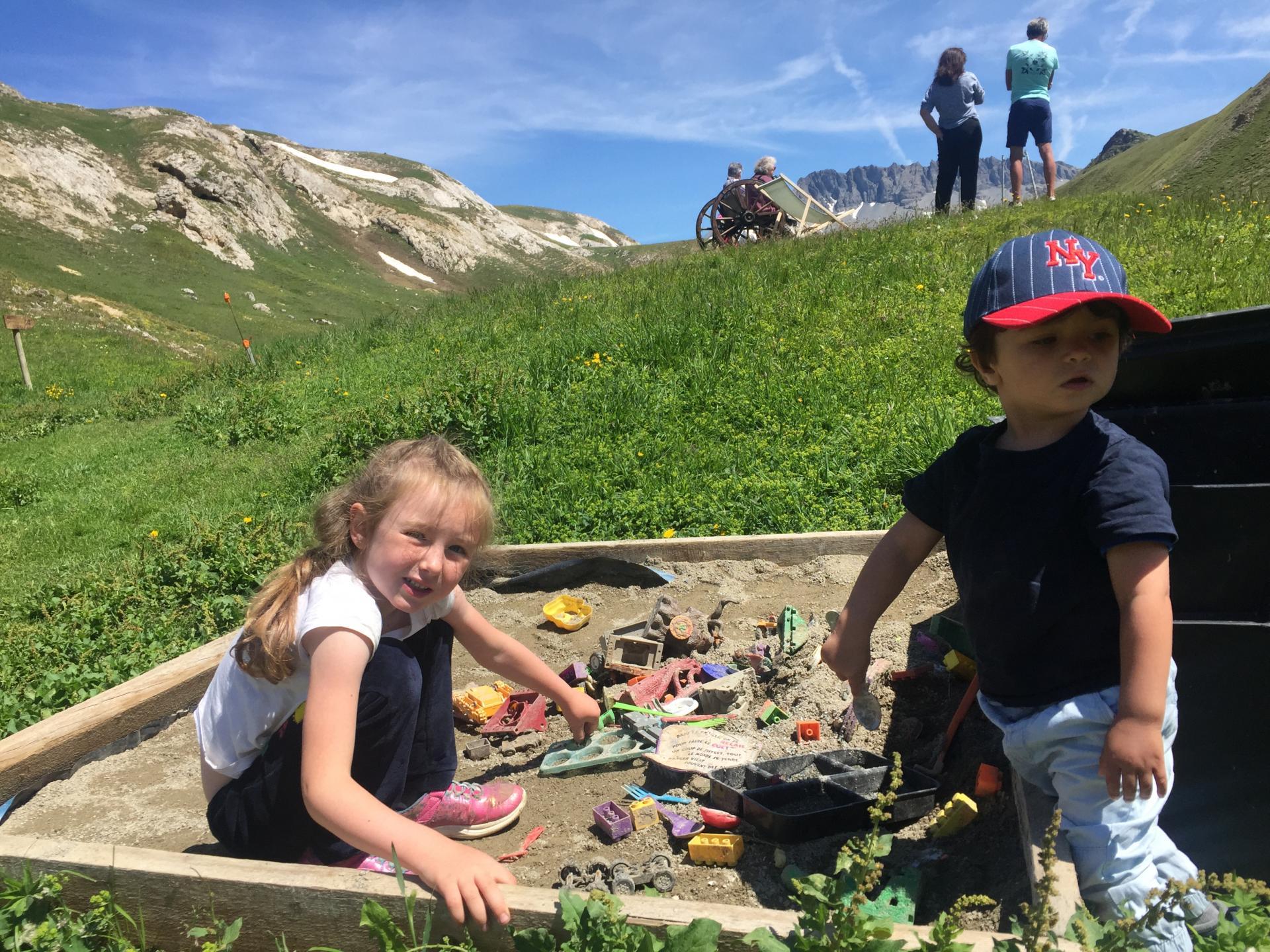 Le bac à sable pour construire des montagnes
