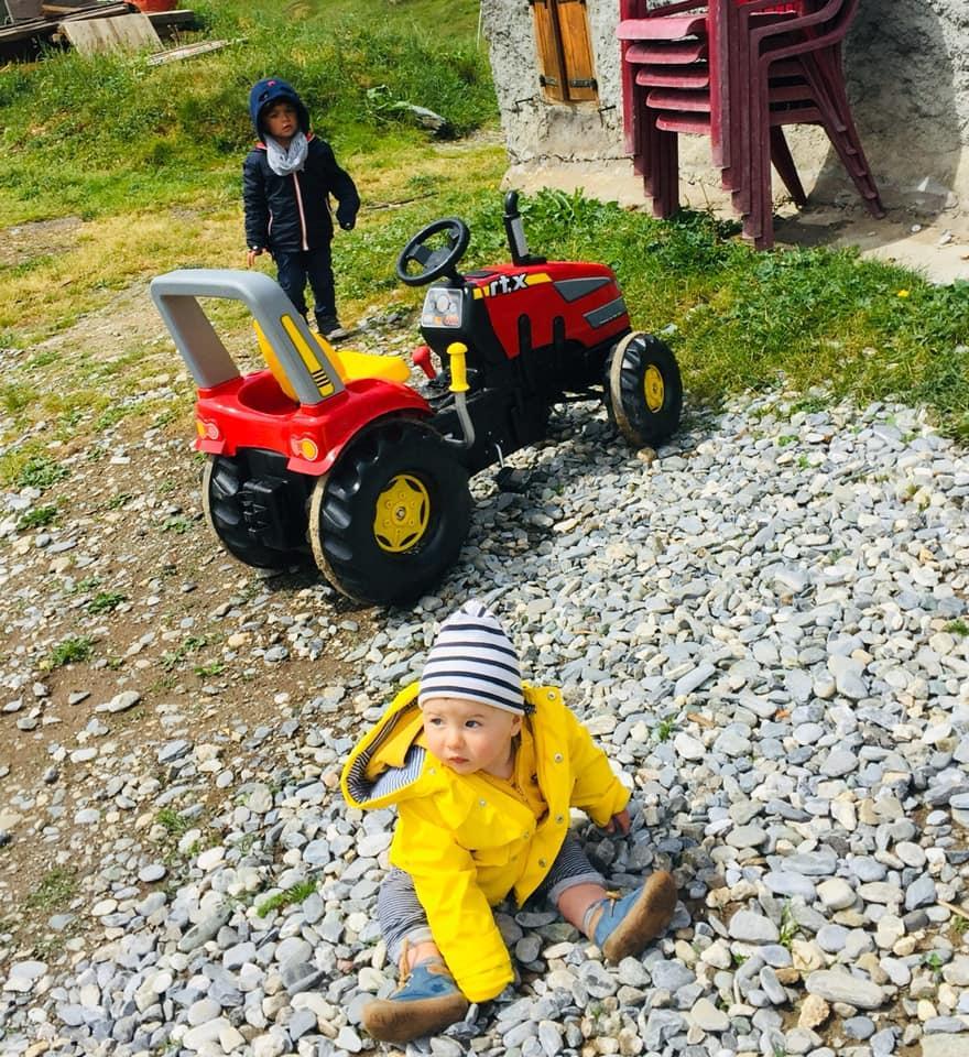 Tracteur pour les petits